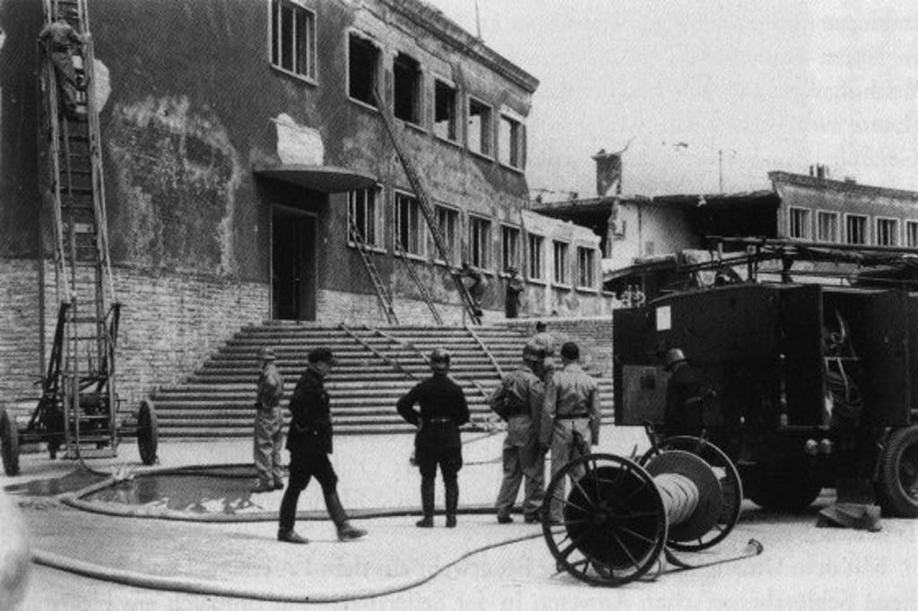 Hauptgebäude 1948