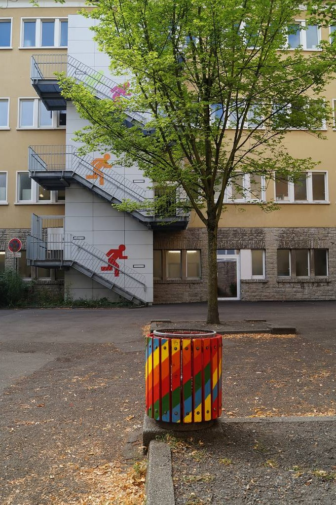 Schulhof Ost